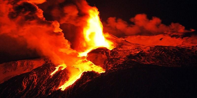 Satellites to monitor and predict volcanic eruptions
